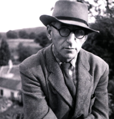 essay on patrick kavanagh poetry The poet patrick kavanagh is one of ireland's favourite literary figures with famous works including on raglan road and the great hunger in november, kavanagh is commemorated with the annual patrick kavanagh weekend in the poet's hometown.